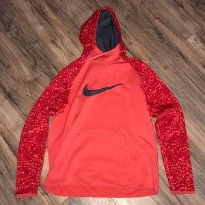 Nike cocoon hoodie size large
